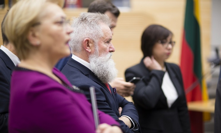Socialdemokratai: turi būti grąžinta galimybė neįgaliesiems išsikviesti pagalbą