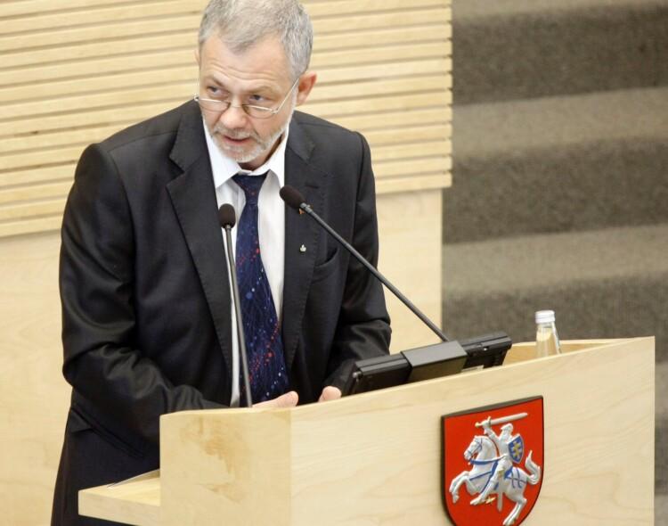 L. Balsys siūlo įpareigoti Vilniaus atliekų deginimo jėgainę viešai skelbti apie išmetamas į aplinką medžiagas